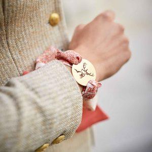 Amulett-Armband in paisley pfirsich